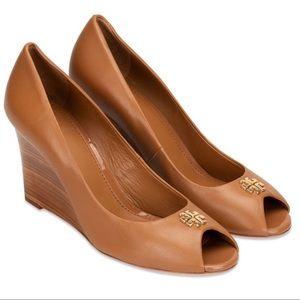 2aa67f51c1d6c Women s Tory Burch Shoe Sale on Poshmark